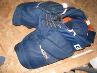 CCM Blockade goalie pants - Sr. Large