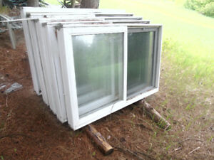 5 windows  5x3 foot slider with screens $100 for all 5