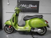"PIAGGIO VESPA GTS ""SUPER"" 300 ie ABS Mt Green 2017 17'"
