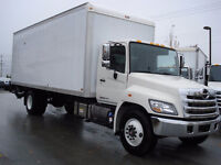 COMMERCIAL MOVING SERVICES TRUCK 24 FT 647/8875799
