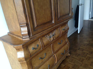 Armoire 2 pieces par Hooker Furniture West Island Greater Montréal image 3