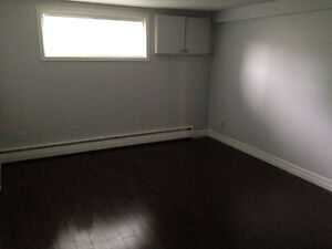 Available Jan 1, 2017 - Room for rent in Central St. John's St. John's Newfoundland image 4