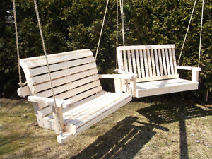 balancoire 2 places achetez des articles de terrasse et jardin dans qu bec petites annonces. Black Bedroom Furniture Sets. Home Design Ideas