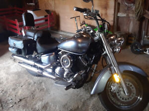 FOR SALE OR TRADE: 2003 YAMAHA VSTAR 1100 CLASSIC WITH LOW KMS!