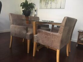 Solid Oak and leather carver dining chair 4 available (Rotherwoods)