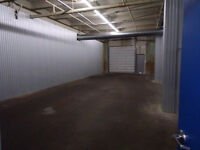 *****1150 SQUARE FOOT STORAGE UNIT FOR RENT*******