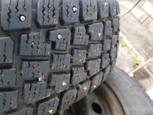 2 studded winter Tires 185 70 r14