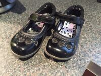 Girls toddler shoes size 6