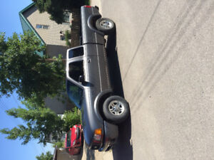 Good condition ,LOW miles! ford Ranger 2wd 5spd