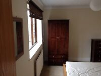 Lovely large double bedroom in Yaxley £450