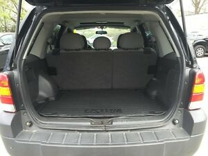 2006 FORD ESCAPE XLT * AWD * PWR ROOF * $0 DOWN LOANS London Ontario image 10