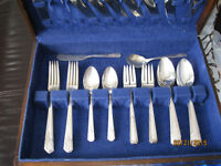 Antique Silverware Rogers / Oneida   42 pieces in all