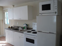 One Bedroom apt available 3 minutes to Ottawa 650$ no hydro.
