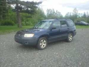 2006 SUBURU FORESTER !! THE SNOW IS ON THE WAY !!