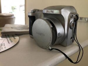 Fujifilm Finepix S3000 Camera
