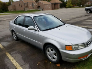 Well maintained Acura 1.6EL 2000 car for sale
