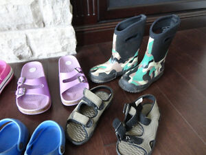 Selling 8 Pairs Boy/Girls Youth Shoe's, Boots & Sandals Kitchener / Waterloo Kitchener Area image 5
