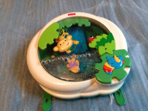 aquarium Fisher Price  (musical et lumineux)