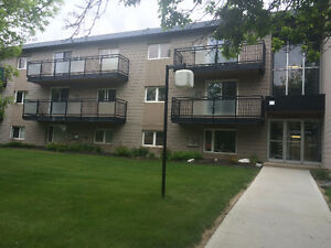 TWO PRIVATE ROOMS FOR A RENT  :) SOUTH REGINA