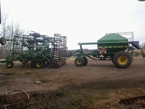 John Deere 737 drill 787 air cart Built to seed in all condions.