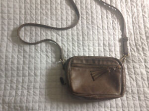Roots crossbody leather purse