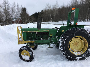 Tracteur John Deere 2120