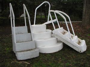 Escalier et échelle pour piscine hors-terre