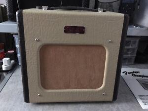 Ampli Fender Champion 600 et pedale Boss