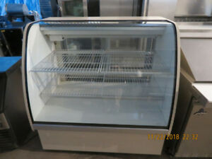 Refrigerated Display Case - 4 Ft