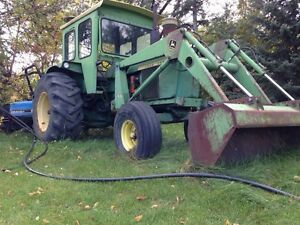 4020 john Deere tractor with loader