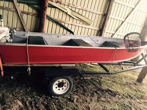 Aluminum boat and trailer great shape