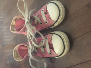 Girls Converse Sneakers Size 6
