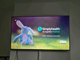 "65"" hisense smart tv"
