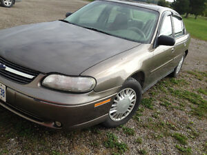 REDUCED!! 2001 Chevrolet Malibu Sedan WANT GONE! OPEN TO OFFERS!