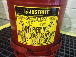 Tapis de déversement, poubelle et conteneur à solvent Justrite West Island Greater Montréal image 7