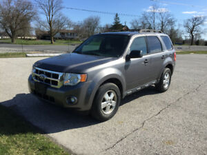 2012 Ford Escape LT * ON SALE *