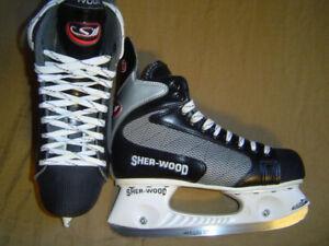 Ice Hockey Skates, Size 7 for shoe size 8-8.5