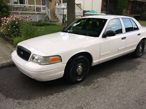 Crown victoria police pack