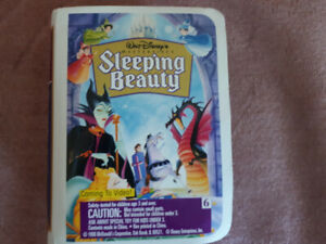 Vintage (1996) Sleeping Beauty Happy Meal Toy