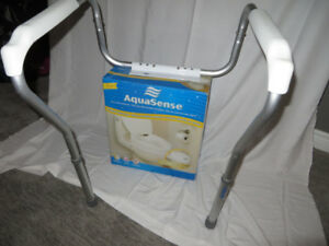 Toilet seat support arms