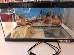 15 Gallon Reptile Tank With Accessories