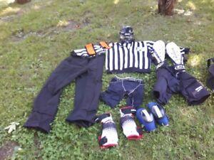 Equipement complet d'arbitre de hockey
