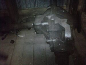 1997 chevy front differential . 3.42 ratio Windsor Region Ontario image 1