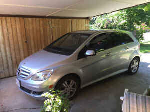Motivated to sell 2007 Mercedes-Benz B-Class Turbo Sedan