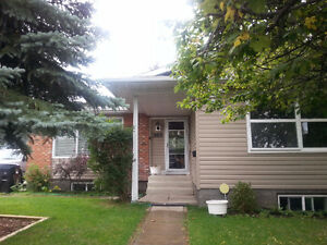 2BR Pet Friendly Suite in Home w Large Yard--Available Dec 1