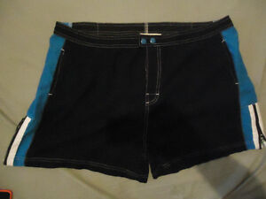 WOMENS PLUS SIZE SHORTS SIZE 19