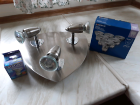 3 way adjustable ceiling spotlights light fitting with 10 bulbs