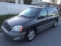 2005 Ford Freestar SEL..TV DVD, ported glissantes electriques