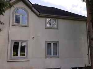 Professional stucco cleaning with Supreme Mobile Wash Kitchener / Waterloo Kitchener Area image 3