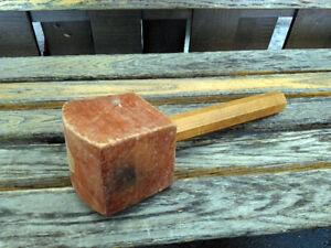 Maillet en bois vintage de 12 pouces